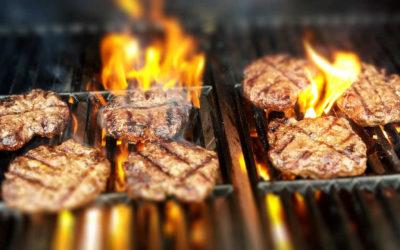 Grillen im BBQ-Smoker
